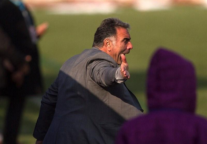 فکری: مذاکره ام با شاهین شهرداری بوشهر شایعه است، آینده استقلال قابل پیش بینی نیست