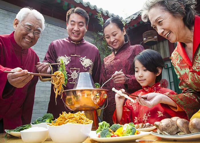 ورود موادغذایی همراه مسافر از چین و کشور های جنوب شرق آسیا به کشور ممنوع شد