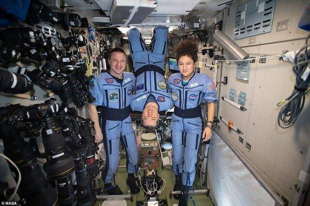 تصاویر ، فضانوردان به مردم در قرنطینه اینگونه انگیزه می دهند