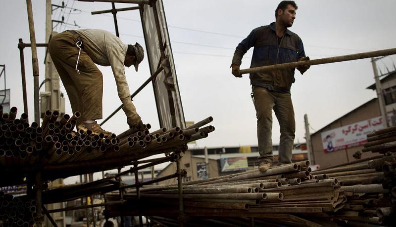 دولت به کارگران فصلی و روزمزد یارانه دهد