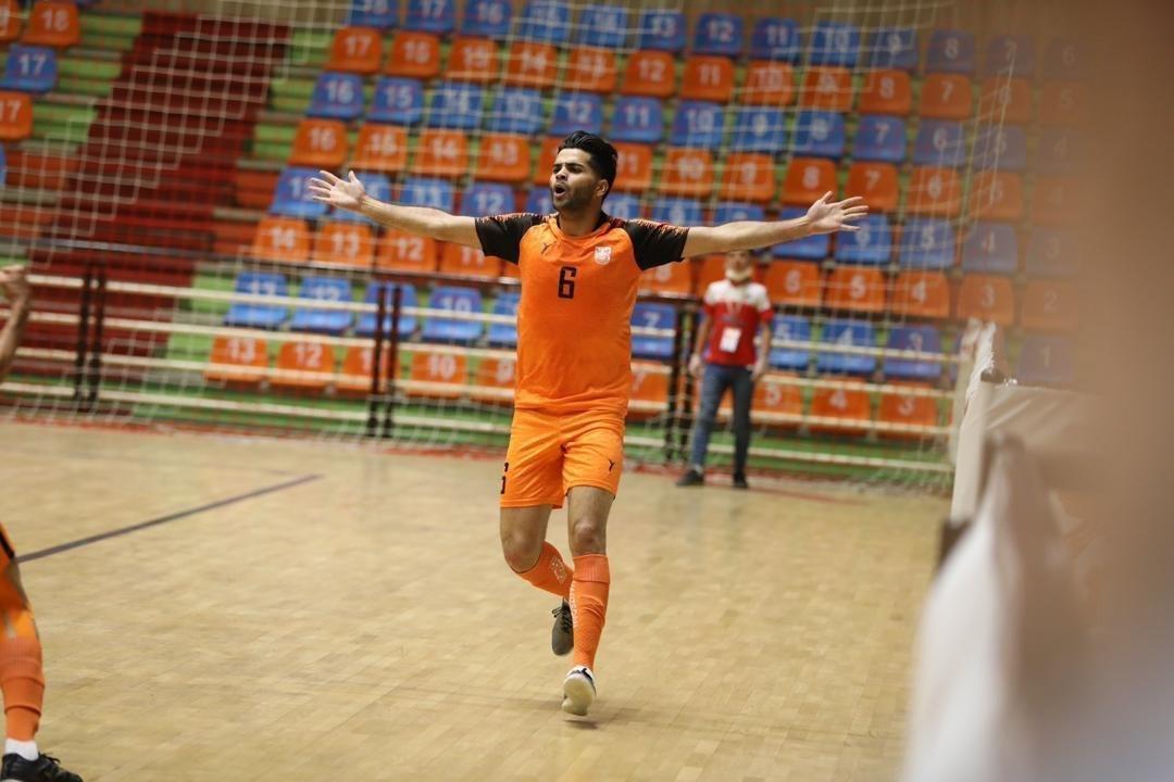 نام مس سونگون روی جام قهرمانی لیگ فوتسال حک شد