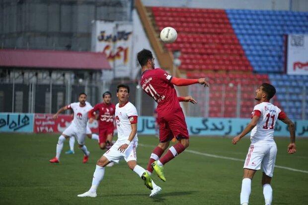 تساوی نساجی برابر تراکتور در بازی خانگی، منصوریان بدون برد ماند