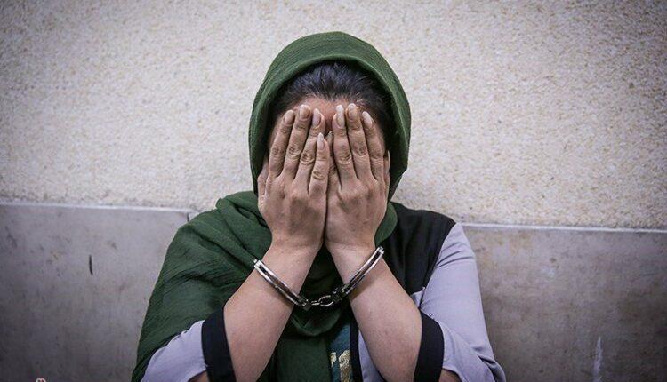 زن آزارگر، صحنه&zwnj شکنجه سگی را در فضای مجازی منتشر کرد!