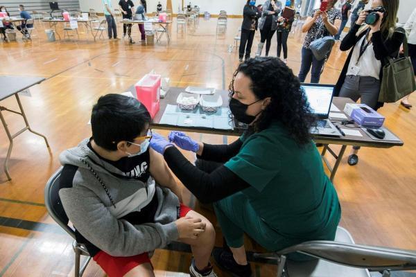 ویزای کانادا: دولت کبک برای سرعت بخشیدن به واکسیناسیون با جوایز نقدی شهروندان را تشویق به تزریق واکسن می نماید