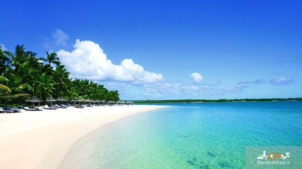 ترکیبی از جزیره،هتل و ساحل در خلیج آبی موریس